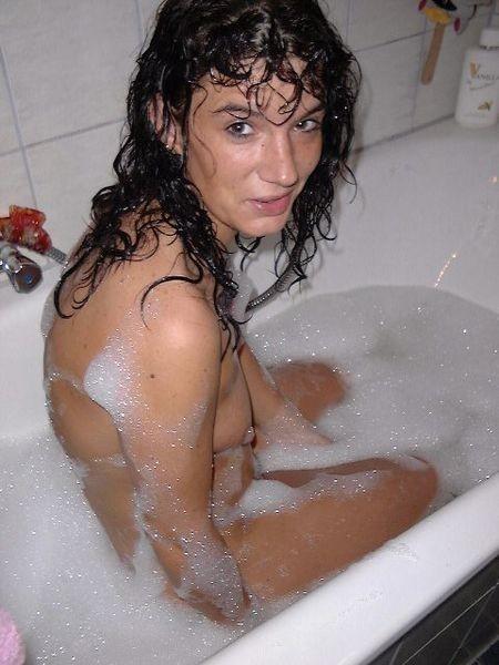 amateur girl strae zieht sich nackt