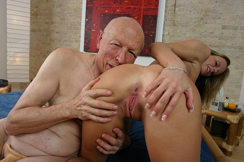 Big tits contest