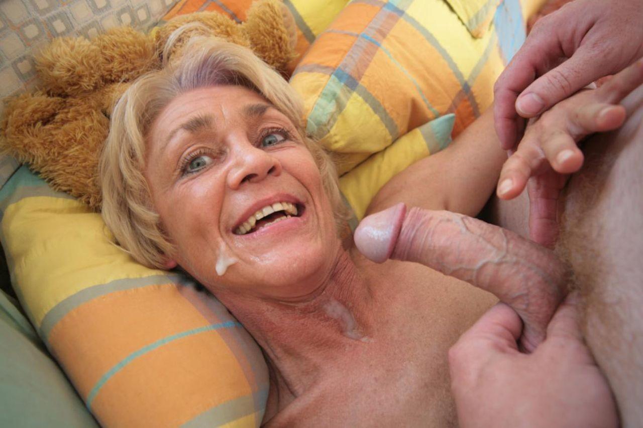 Granny spit hd porn search