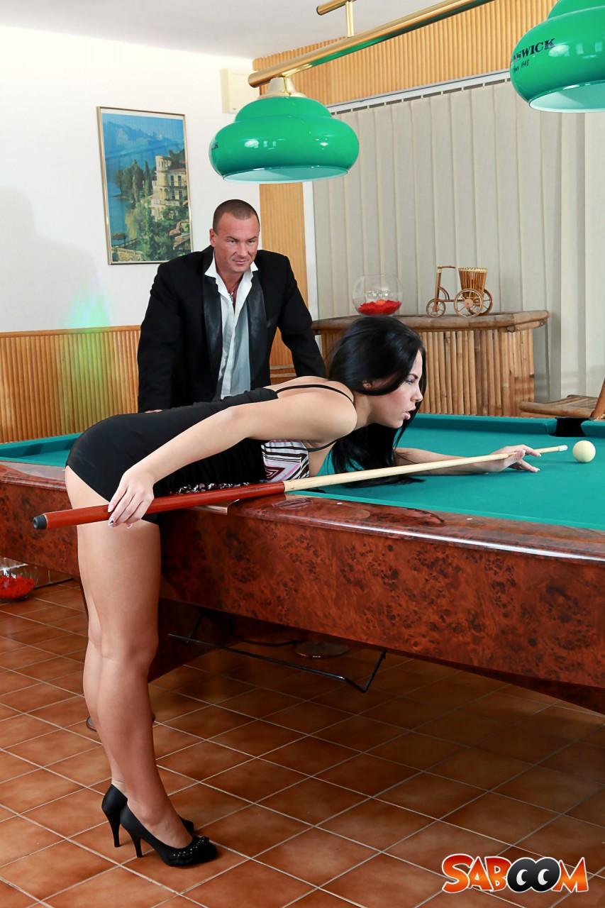 sex auf billardtisch