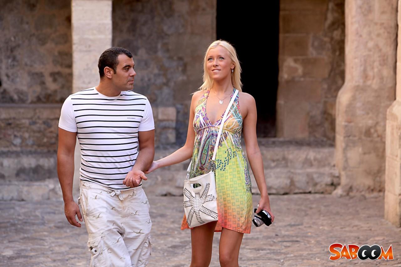 Notgeile Touristin auf Ibiza | Supermax kostenlose